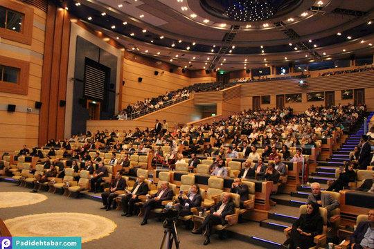 سالن خلیج فارس در اجرای سمیتئاتر هتلداری